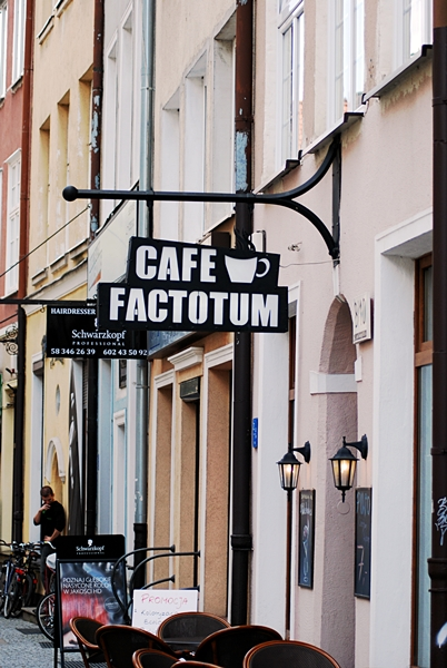 Faktotum1