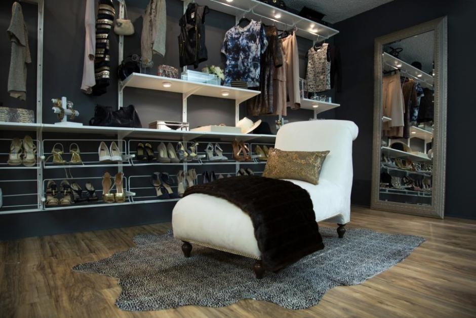 CI-Laurel-and-Wolf_Studio-Closet.jpg.rend.hgtvcom.966.644
