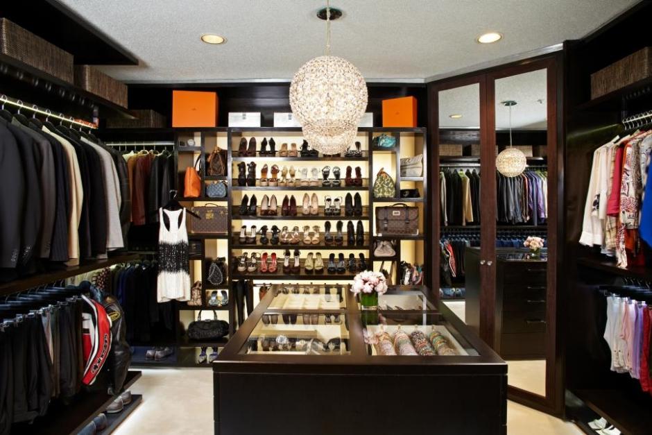 Lisa-Adams_The-Display-Boutique.jpg.rend.hgtvcom.966.644