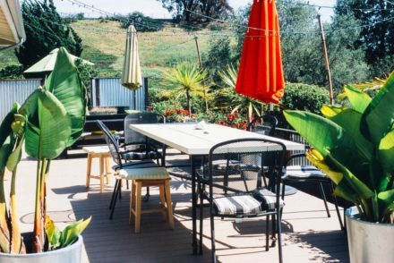 garden-table-terrace